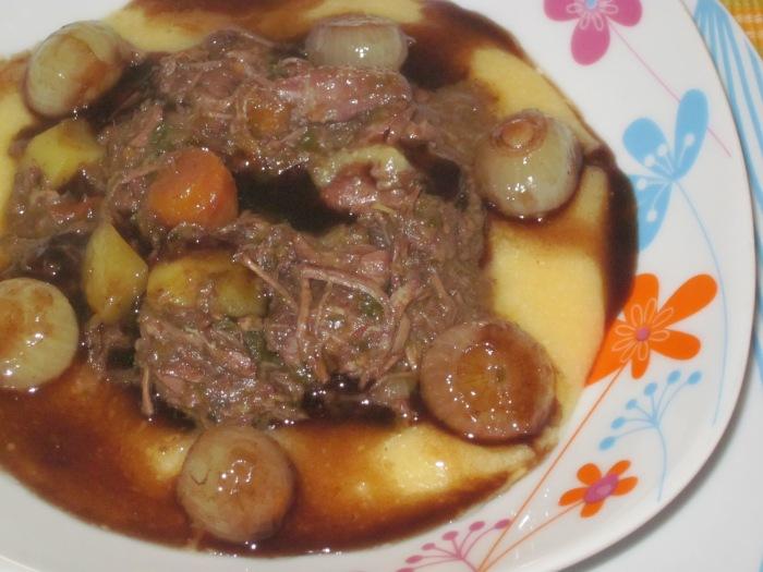 Pasticcio di Carne con Cipolline Caramellate